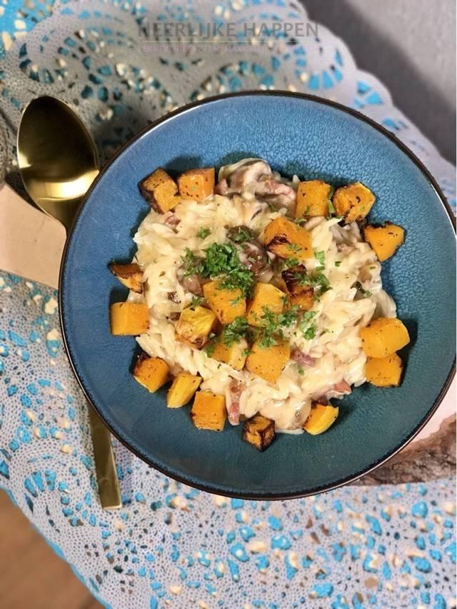 Romige orzo risotto met pompoen