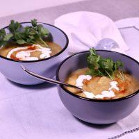 Vullend soepje van vergeten groenten