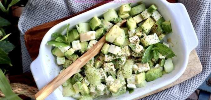 Avocado komkommersalade met feta