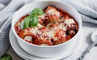 Italiaanse gevulde aubergine rolletjes