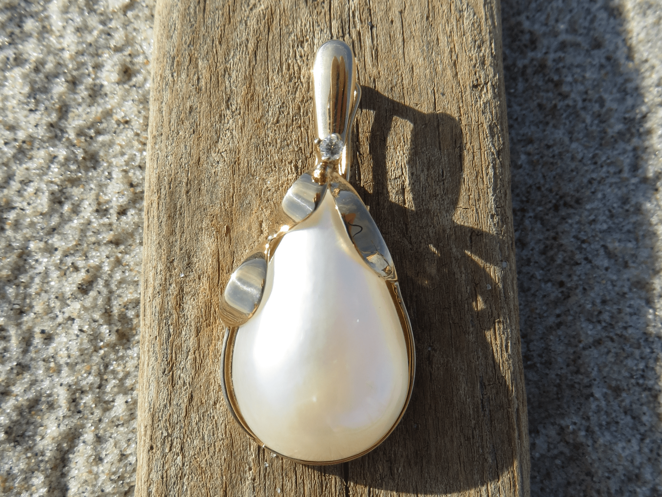 Mabe Pearl, Mabe Pearls, Diamond, Pearl, Pearls, Pendant, Pendants, Necklace, Necklaces, 14Kt Gold, 14Kt Yellow Gold, Yellow Gold, Providence, Jewelry Store, Jewelry, Jeweler, Platinum, Gold, Diamonds, Engagement, Wedding, Hegeman & Co.