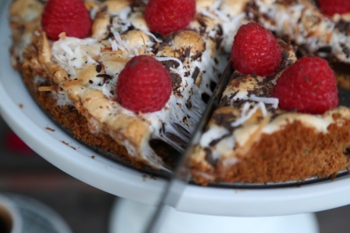 Raspberry Smores Cake Recipe - Easy Tart Recipe