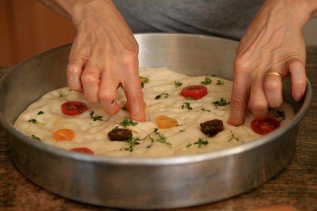 Homemade Focaccia Bread Recipe - Ֆոկաչա