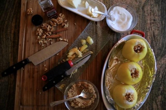 Comfort Food Idea - Baked Apples - Խորոված Խնձոր