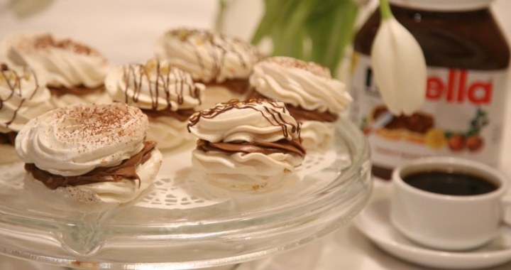 Nutella meringue cookies
