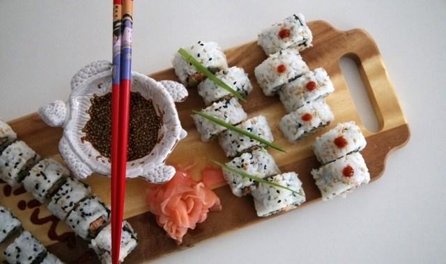 Spicy Crab Sushi Recipe - Խեցգետնով Սուշի