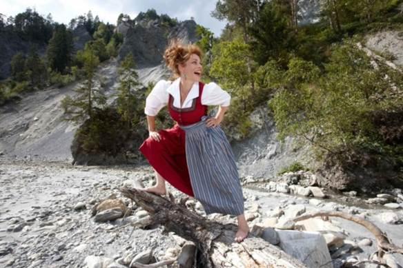 Heidi am Rhein