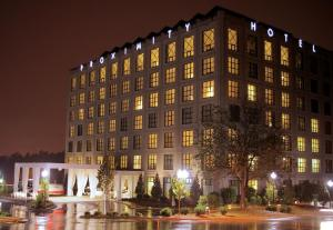 proximity-hotel-photos-exterior-hotel-information