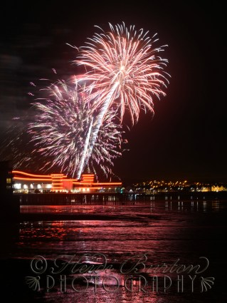 Weston-super-MAre Grand Pier Fireworks