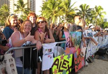 Hawaii-Five-0-Fans at the Season 2 Premiere | Photo © Heidi Chang