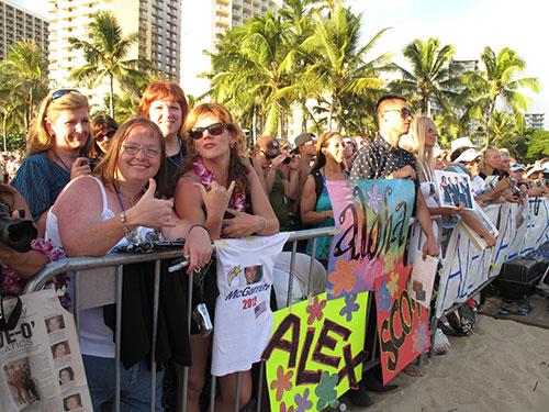 Hawaii-Five-0-Fans at the Season 2 Premiere | Photo © Heidi Chang