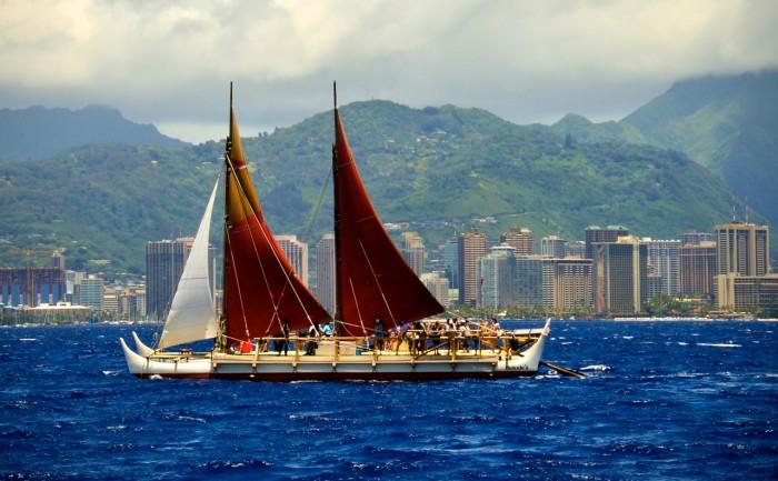Hokulea sails by Waikiki   Photo ©John Matsuzaki, Ka Wai Ola