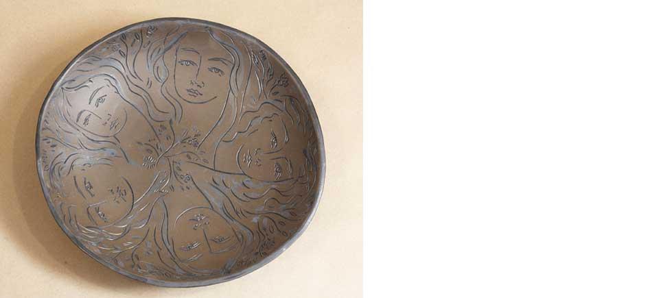 terracotta-Les-Femmes-5-faces-OPT
