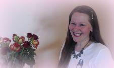 Bild HP Heidi mit Blumen rosa