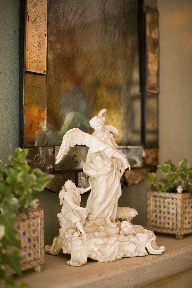 Heidi Pribell Statue vignette