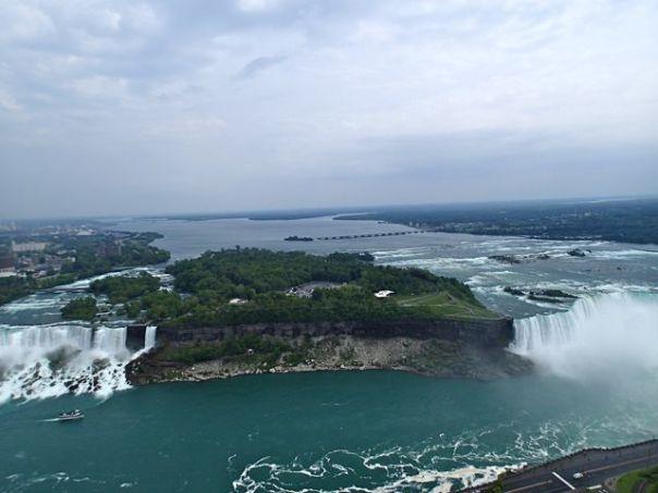 View_from_Skylon_Tower_of_Niagara_Falls