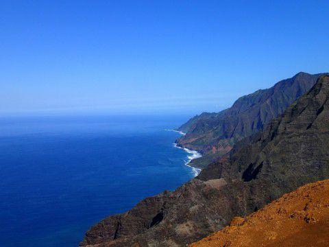 Kauai's_Nualolo_Hike_overlooking_NaPali_Coast_Heidi_Siefkas