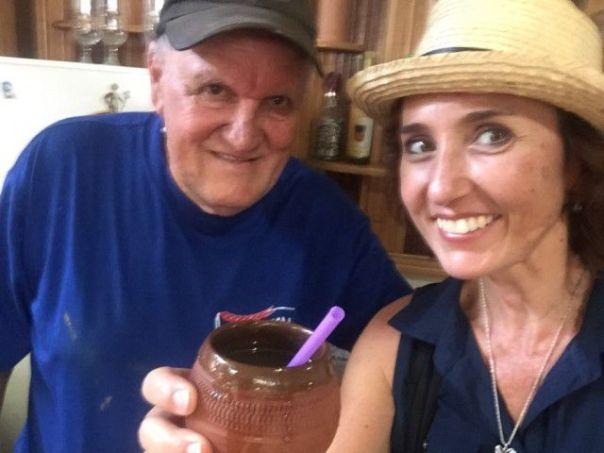 Heidi_Siefkas_and_Chi_Chi_Santander_with_Canchanchara_Trinidad_Cuba