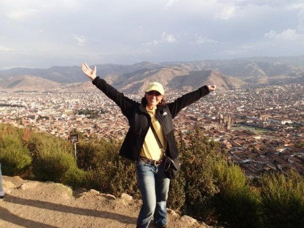 Heidi_Siefkas_and_Look_Up_from_Cuzco_Peru