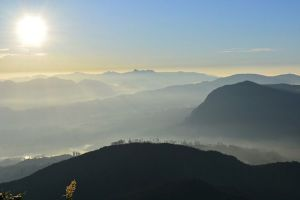 sunrise-adams-peak-sri-lanka