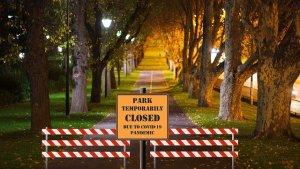 park-closed_pandemic