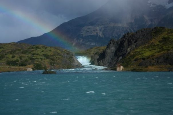 Lake_Pehoe_Patagonia_Chile
