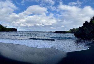 Road_to_Hana_Black_Sand_Beach_Wainapanap_State_Park_Maui