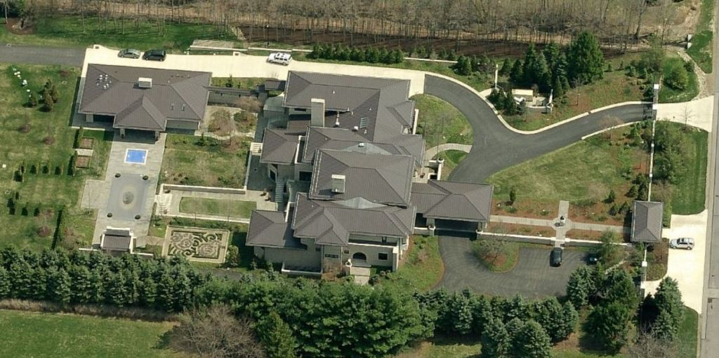 lebron-james-mansion-in-montrose-ohio-8