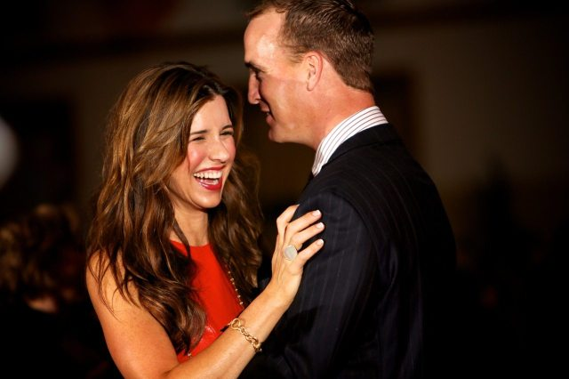 Peyton manning dating angela buchman