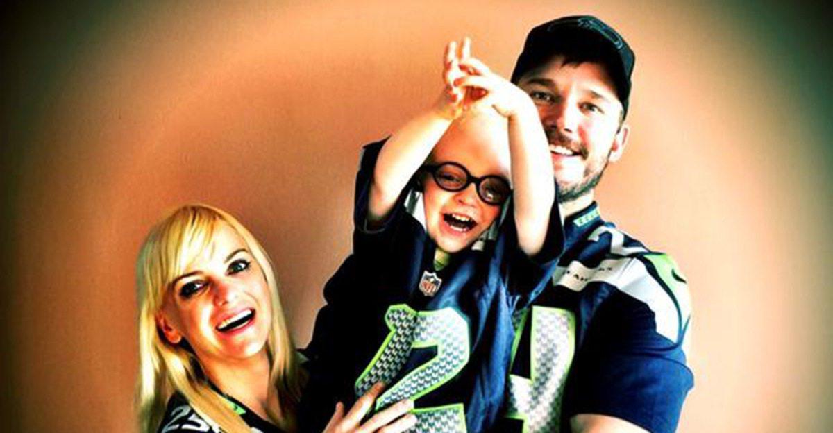 Chris Pratt's wife and son