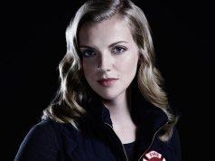 Kara Killmer's wiki