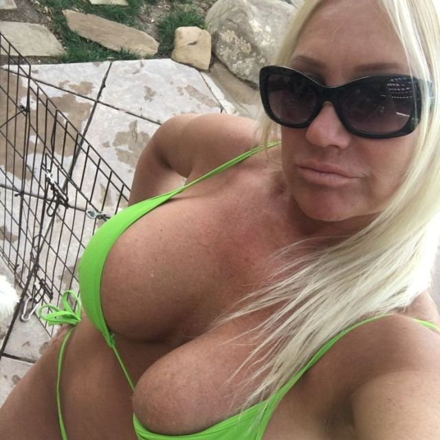 Hot online dating pics