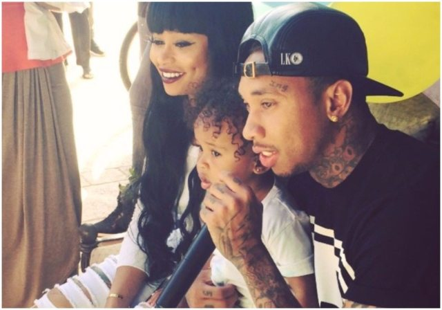 Blac Chyna's besties family