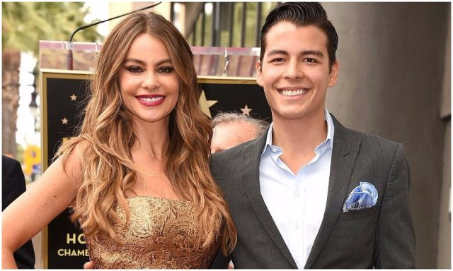 Sofia Vergara's family 5