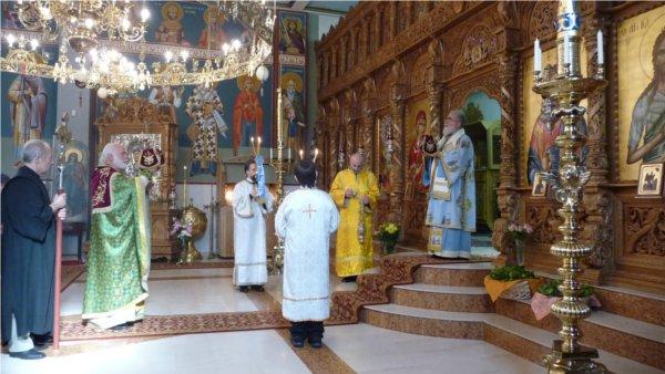 Heiliger-Georgios-Wiesbaden / Besuch Seiner Exzellenz Vikarbischof Vasilios von Aristi