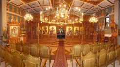 360° Panorama-Bild des Inneren unserer Kirche.