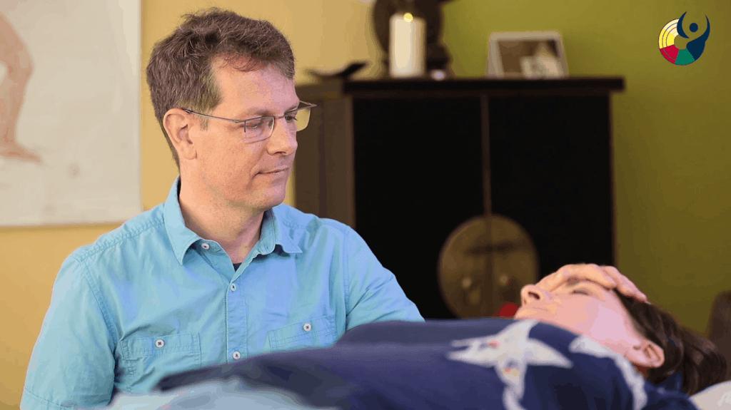 Hypnosetherapie bei Helpraktiker Benedikt van Almsick