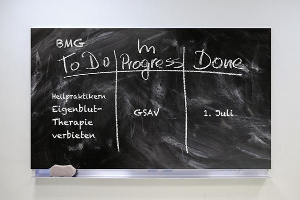 BMG will Heilpraktikern die Eigenbluttherapie untersagen: Verband FDH protestiert mit Schreiben an Gesundheitsausschuss