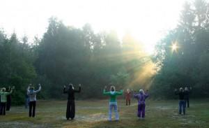 Sonnenenergie aufnehmen mit Sonne und Licht SternIMG 02701 300x183 Sommerintensivseminar: Meditation, Qigong, Schweigeseminar in der Natur 23.09.2013 25.09.2012 in Wildeshausen