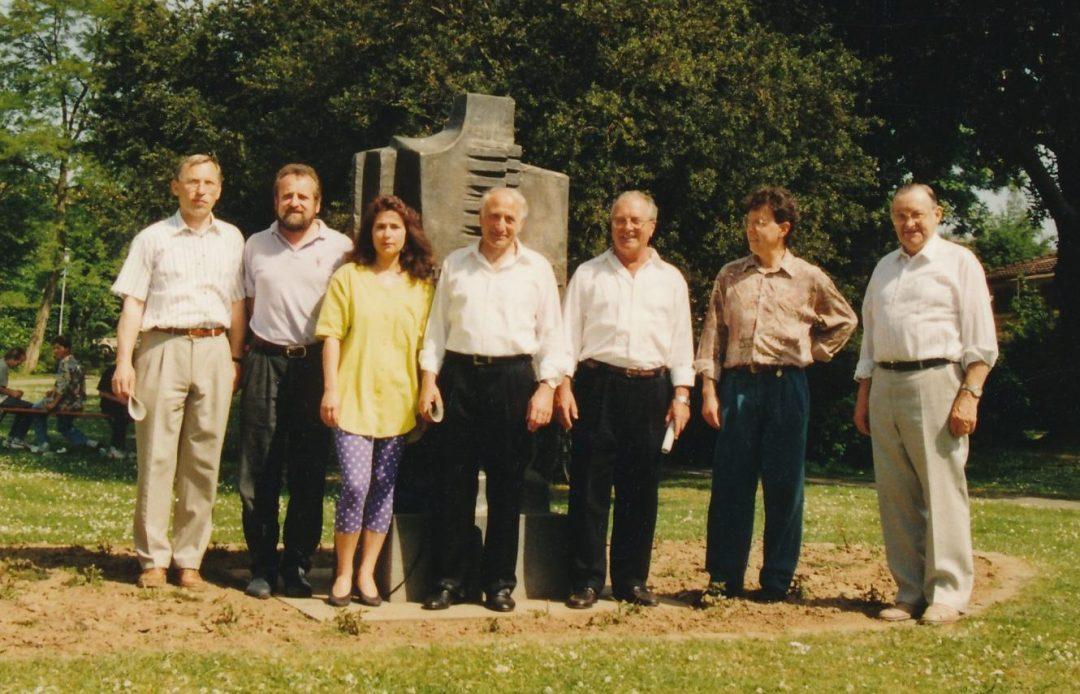 Gründungsvorstand an Kirmes 1991 im Mendelssohnpark v.li. Helmut Mandt, Jopa Schmidt, Petra Stoll, Robert Stoll, Hans Korbach, Joachim Hof, Hans Feldkirchner