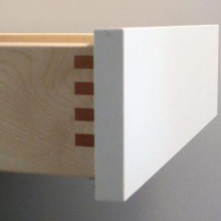 Detail gezinkte Schubladen