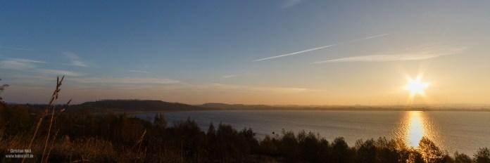 Sonnenaufgang am Berzdorfer See.
