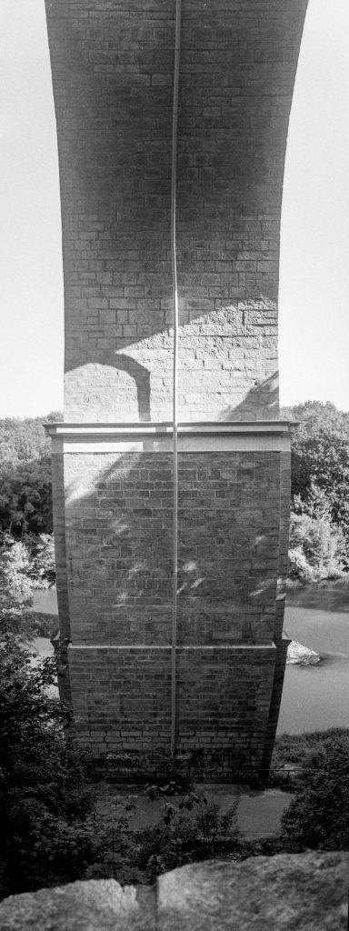 Unterm Viadukt II.