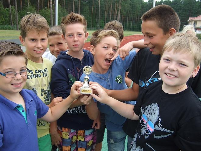 Sportl.Kl.5b Pokal 020
