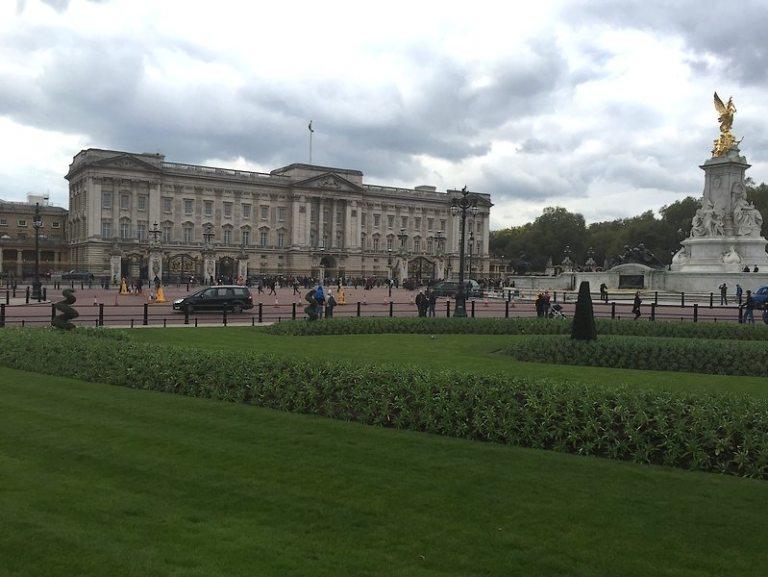 Buckingham Palace Die