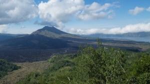 バトゥール山