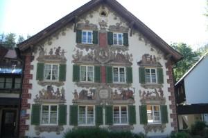 ピラトゥス・ハウス