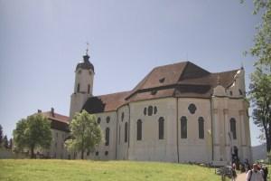 草原の教会「ヴィース教会」