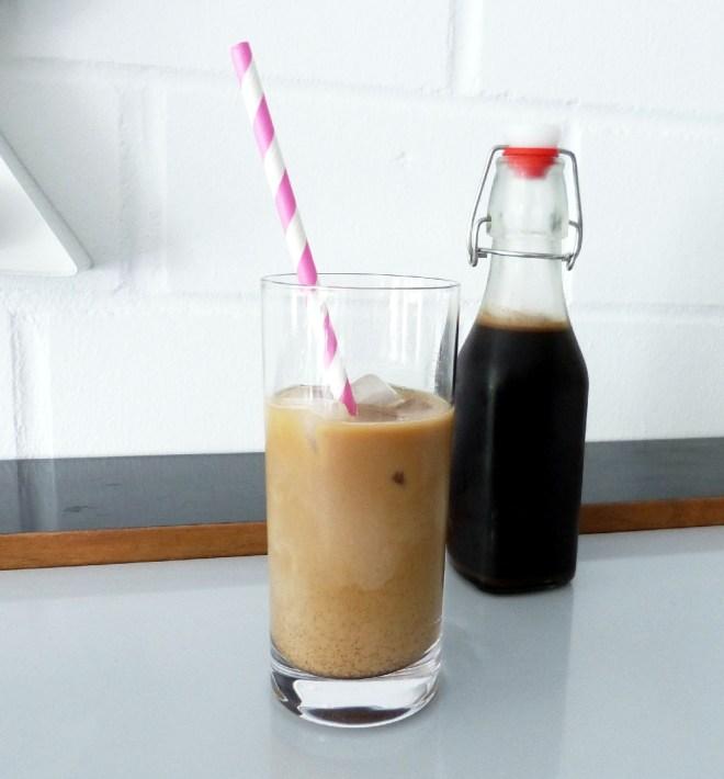 Eiskaffee im Glas_klein