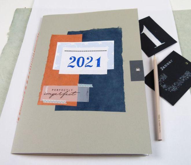 Heft als Monatsplaner für 2021